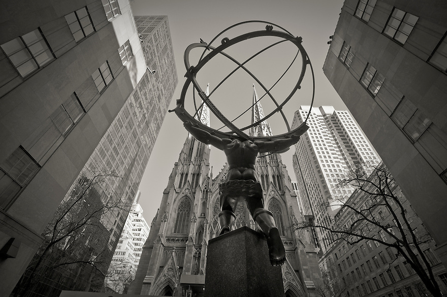 The Statue Of The Atlas On Fifth Avenue Manhattan New