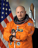 Houston, TX - January 5, 2005 -- Astronaut Mark E. Kelly, pilot, STS-121, a return-to-flight test mission and assembly flight to the International Space Station (ISS).  The mission is scheduled for launch no earlier than July, 2006..Credit: NASA via CNP