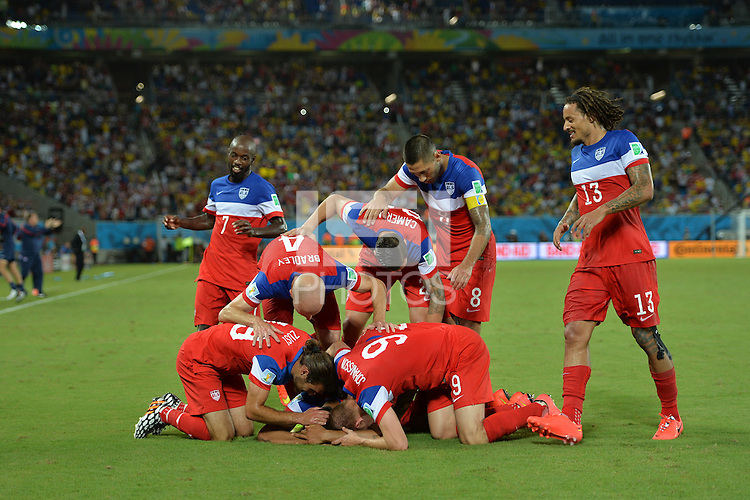 Natal, Brazil - Monday, June 16, 2014: The US Men's National team defeated Ghana 2-1 in group stage match against Ghana at Estádio das Dunas.