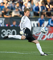 Crew's goalkeeper William Hesmer kicks the ball during the first half of the game against the Earthquakes at Buck Shaw Stadium in Santa Clara, California.  San Jose Earthquakes tied Columbus Crew, 2-2.