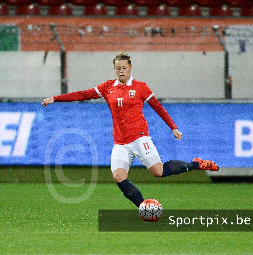 20160302 – ROTTERDAM ,  NEDERLAND :  Norway's Nora Holstad Berge pictured during the Olympic Qualification Tournament  soccer game between the women teams of Norway and Sweden, The first game for both teams in the Olympic Qualification Tournament for the Olympic games in Rio de Janeiro - Brasil, Wednesday 2 March 2016 at Stadion Woudestein in Rotterdam , Netherlands  PHOTO DIRK VUYLSTEKE