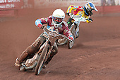 Lee Richardson leads Danny King - Birmingham Brummies vs Lakeside Hammers - Elite League Speedway - 21/07/11 - MANDATORY CREDIT: TGSPHOTO - Self billing applies where appropriate - 0845 094 6026 - contact@tgsphoto.co.uk - NO UNPAID USE.