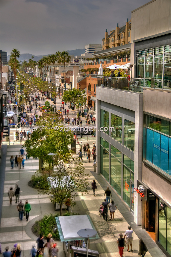 Third Street Promenade, Santa Monica Place, Santa Monica, CA, open-air design, shopping mall