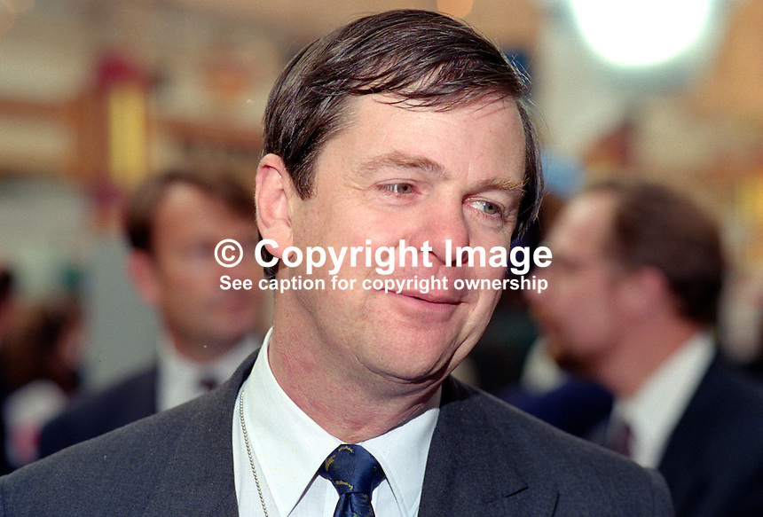 Simon Coombs, MP, Conservative Party, UK, 199510118..Copyright Image from Victor Patterson, 54 Dorchester Park, Belfast, UK, BT9 6RJ..Tel: +44 28 9066 1296.Mob: +44 7802 353836.Voicemail +44 20 8816 7153.Skype: victorpattersonbelfast.Email: victorpatterson@me.com.Email: victorpatterson@ireland.com (back-up)..IMPORTANT: If you wish to use this image or any other of my images please go to www.victorpatterson.com and click on the Terms & Conditions. Then contact me by email or phone with the reference number(s) of the image(s) concerned.