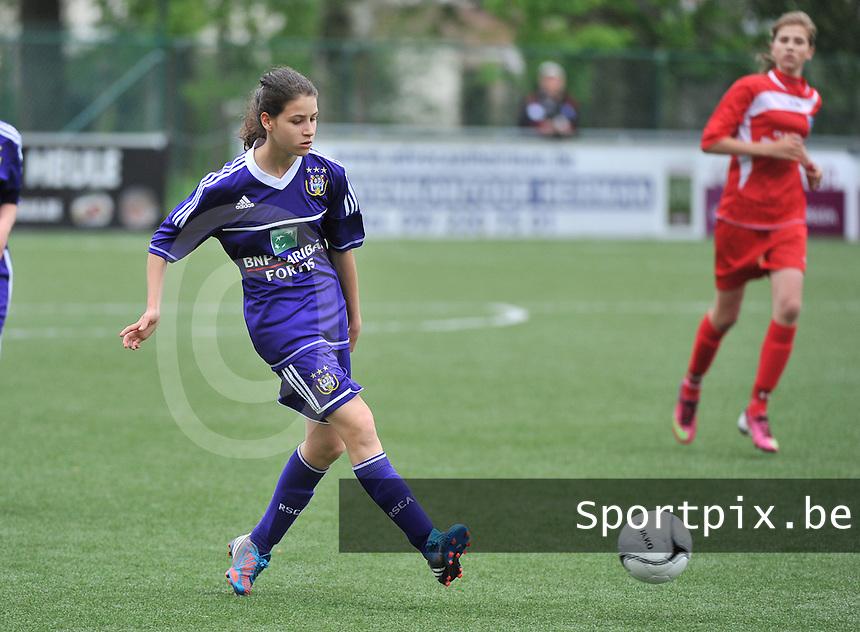 AA Gent Ladies U16 - RSC Anderlecht : Zoe Di Maio.foto DAVID CATRY / Nikonpro.be