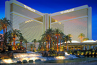 Mirage,, Las Vegas, Fountain, Pool, Resort, lit at night, Casinos; Hotels; Strip; gambling; shopping, Dramatic Breathtaking Photo