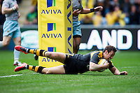 Rob Miller of Wasps scores the opening try of the match. Aviva Premiership match, between Wasps and Northampton Saints on April 3, 2016 at the Ricoh Arena in Coventry, England. Photo by: Patrick Khachfe / JMP