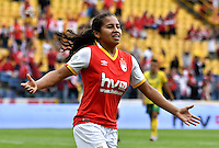 BOGOTA - COLOMBIA - 26-02-2017: Leicy Santos, jugadora de Independiente Santa Fe, celebra el gol anotado a Atletico Huila, durante partido por la fecha 2 entre Independiente Santa Fe y Atletico Huila, de la Liga Femenina Aguila 2017, en el estadio Nemesio Camacho El Campin de la ciudad de Bogota. / Leicy Santos, player of Independiente Santa Fe, celebrates a goal scoring to Atletico Huila, during a match of the date 2 between Independiente Santa Fe and Atletico Huila, for the Liga Femenina Aguila 2017 at the Nemesio Camacho El Campin Stadium in Bogota city, Photo: VizzorImage / Luis Ramirez / Staff.