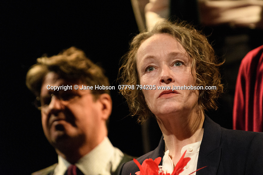 """London, UK. 02.03.2017. The National Theatre presents """"My Country; a work in progress"""", in the words of people across the UK and Carol Ann Duffy, in the Dorfman. Rufus Norris directs. Design is by Katrina Lindsay, lighting design by Paul Knott. Picture shows:  Front: Penny Layden; Left: Stuart McQuarrie. Photograph © Jane Hobson."""