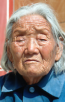 China. Province of Henan. Village Xiaotan. Portrait of a hundred and one years (101 - a century and a year) old woman who lived her entire life in the village. © 2004 Didier Ruef