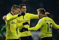 FUSSBALL   1. BUNDESLIGA   SAISON 2012/2013    18. SPIELTAG SV Werder Bremen - Borussia Dortmund                   19.01.2013 Lukasz Piszczek, Nuri Sahin und Jakub  KUBA Blaszczykowski (v.l., alle Borussia Dortmund) jubeln nach dem 5:0
