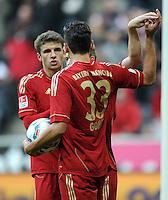 FUSSBALL   1. BUNDESLIGA  SAISON 2011/2012   11. Spieltag FC Bayern Muenchen - FC Nuernberg        29.10.2011 Jubel nach dem Tor zum 4:0 Thomas Mueller, Mario Gomez (v. li., FC Bayern Muenchen)