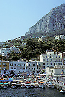 Italy: Capri--Harbor, Marina Grande. Photo '83.