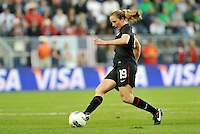 USWNT defender Rachel Buehler (19) in action.