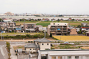 Views of central Nagashima near the JR and Kintestu train stations. Nagoya towers can be seen in the distance.