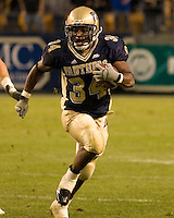 Pittsburgh Panthers Running Back LaRod Stephens-Howling heads upfield against the Virginia Cavaliers in a game won by the Panthers 38-13 on September 02, 2006 at Heinz Field, Pittsburgh, Pennsylvania.