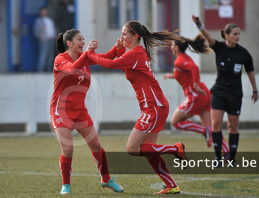 Switzerland U19 - Russia U19 : Carmen Pulver (left) and Barla Deplazes celebrate.foto DAVID CATRY / Nikonpro.be