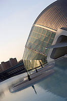 The Hemisphere, first area of the City of Arts and Sciences covering 14,000 square meters, City of Arts and Sciences, Valencia, Comunidad Valenciana, Spain ; 1998 ; Santiago Calatrava (Valencia, Spain, 1951) Picture by Manuel Cohen