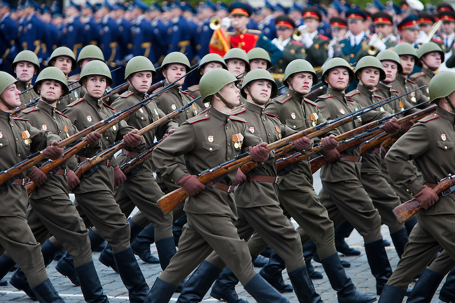 Moscow, Russia, 06/05/2010..Russian soldiers in World War Two uniform march through Red Square during a rehearsal for the forthcoming May 9 Victory Day parade, scheduled to be the largest for many years.