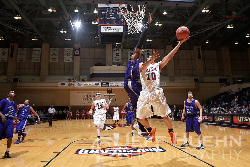 SAN ANTONIO, TX - MARCH 2, 2011: The Central Arkansas University Bears vs. the University of Texas at San Antonio Roadrunners Men's Basketball at the UTSA Convocation Center. (Photo by Jeff Huehn)