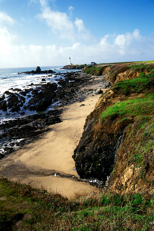 California: San Mateo Coast.  Pigeon Point Lighthouse..Photo copyright Lee Foster, 510/549-2202, lee@fostertravel.com, www.fostertravel.com..Photo #: camate101