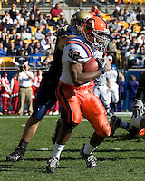 03 November 2007: Syracuse running back Doug Hogue (32)..The Pitt Panthers defeated the Syracuse Orange  20-17 on November 03, 2007 at Heinz Field, Pittsburgh, Pennsylvania.
