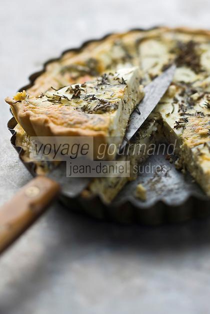 Europe/France/Rhône-Alpes/26/Drôme: Tarte au picodon et sarriette //  France, Drome, tart and savory picodon