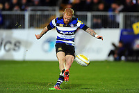 Tom Homer of Bath Rugby kicks for the posts. Aviva Premiership match, between Bath Rugby and Bristol Rugby on November 18, 2016 at the Recreation Ground in Bath, England. Photo by: Patrick Khachfe / Onside Images