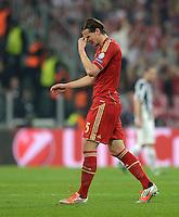 FUSSBALL  CHAMPIONS LEAGUE  VIERTELFINALE  RUECKSPIEL  2012/2013      Juventus Turin - FC Bayern Muenchen        10.04.2013 Musste verletzt ausgewechselt werden: Daniel van Buyten (FC Bayern Muenchen)
