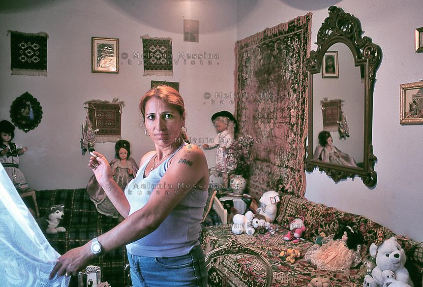 Roma community portraits..Ritratti di persone Rom