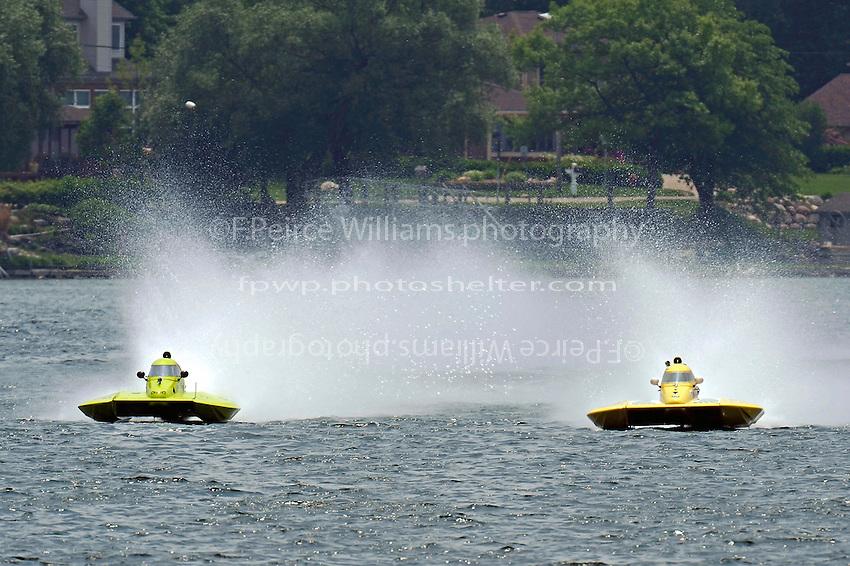 "Marty Hammersmith, Y-4 ""Nauti-Buoy Racing"" and Dan Kanfoush, Y-1 ""Fast Eddie Too""  (1 Litre MOD hydroplane(s)"
