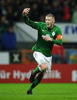 USSBALL   1. BUNDESLIGA    SAISON 2012/2013    10. Spieltag   Werder Bremen - FSV Mainz 05                             04.11.2012 Aaron Hunt (Werder Bremen) jubelt nach seinem Tor zum 2:1