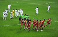 FUSSBALL   CHAMPIONS LEAGUE   SAISON 2011/2012  Achtelfinale Rueckspiel 13.03.2012 FC Bayern Muenchen - FC Basel  Spieler der beiden Teams nach dem Einlauf in die Allianz Arena