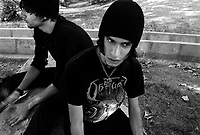 """Teheran, Iran, October 10, 2007.Young """"underground"""" artists in a northern Teheran park. Hoping for a more 'western' lifestyle, they meet up to discuss for hours in the city parks."""