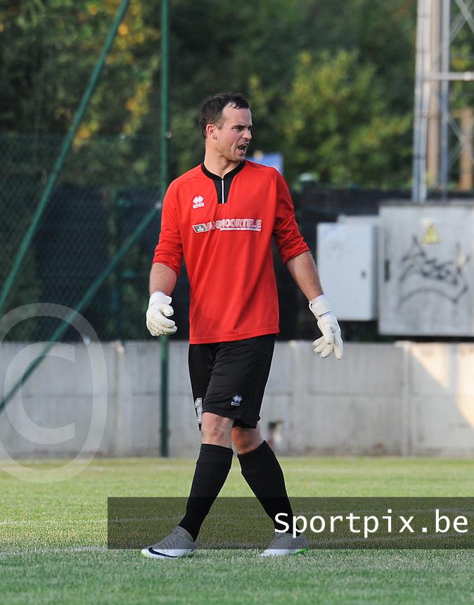 SV Oostkamp :<br /> S&eacute;bastien Neirynck<br /> foto VDB / BART VANDENBROUCKE
