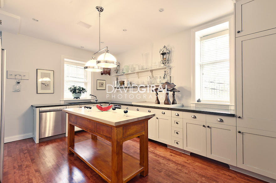 Interiors photography montreal golden square mile home in for Kitchen design montreal