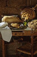 Cuisine/Gastronomie générale:  Canard Gras , Foie gras de Canard et verre de vin blanc moelleux