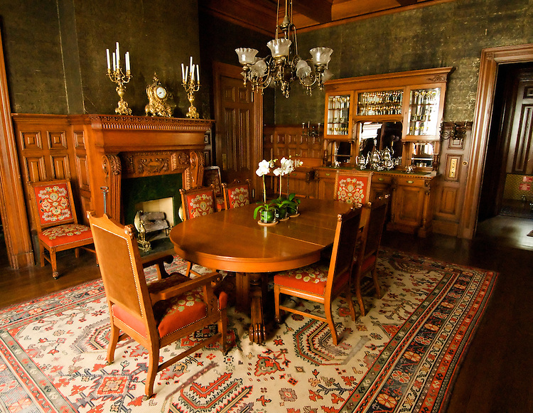 California, San Francisco: Dining room in the Haas-Lilienthal Victorian house..Photo #: 22-casanf83899.Photo © Lee Foster 2008
