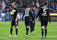FUSSBALL   1. BUNDESLIGA  SAISON 2011/2012   23. Spieltag FC Augsburg - Hertha BSC Berlin          25.02.2012 Roman Hubnik (li,) Nikita Rukavytsya, Andre Mijatovic (Hertha BSC Berlin)
