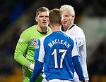St Johnstone v Hibs..28.11.12      SPL.Ben Williams and Steven MacLean square up.Picture by Graeme Hart..Copyright Perthshire Picture Agency.Tel: 01738 623350  Mobile: 07990 594431