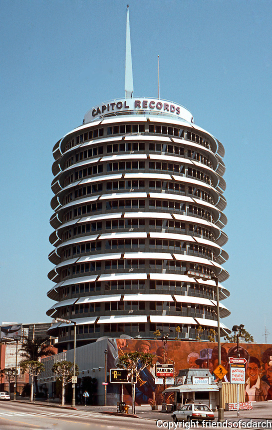 Los Angeles: Capitol Records Tower, 1750 Vine St., Hollywood. Welton Beckett, 1954.  Photo '91.