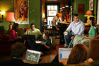Common Grounds Coffee Shop.Wednesday, April 27 2005.Waco TX..4-27-05..photograph by Darren Carroll.