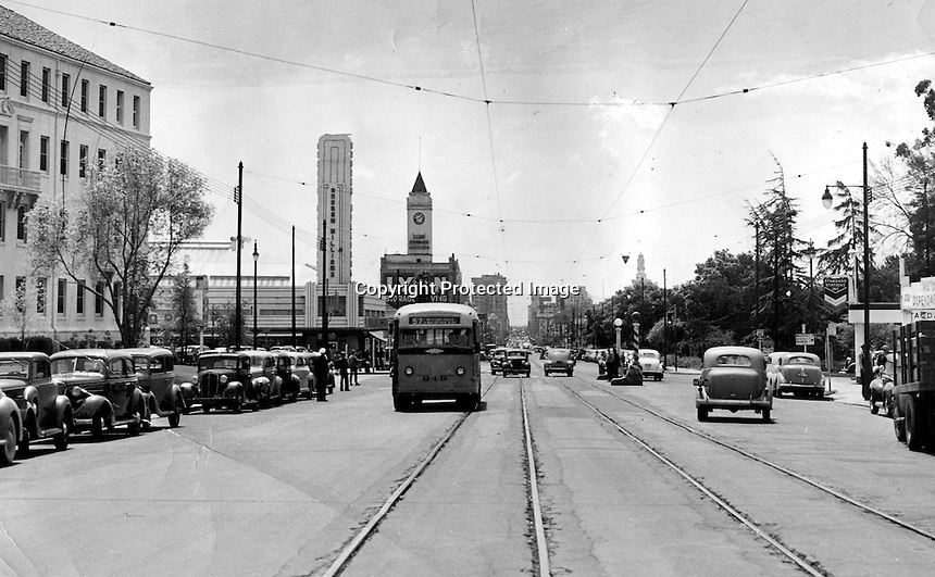 Oakland, California 1945 view looking South down Broadway.