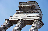 Detail of capitals and entablature, Temple of Castor and Pollux, inaugurated in 484 BC, restored in 117 BC by Lucius Metellus Dalmaticus and finally totally rebuilt by Tiberius in the early 1st century AD, Roman Forum, Rome, Italy, Europe.