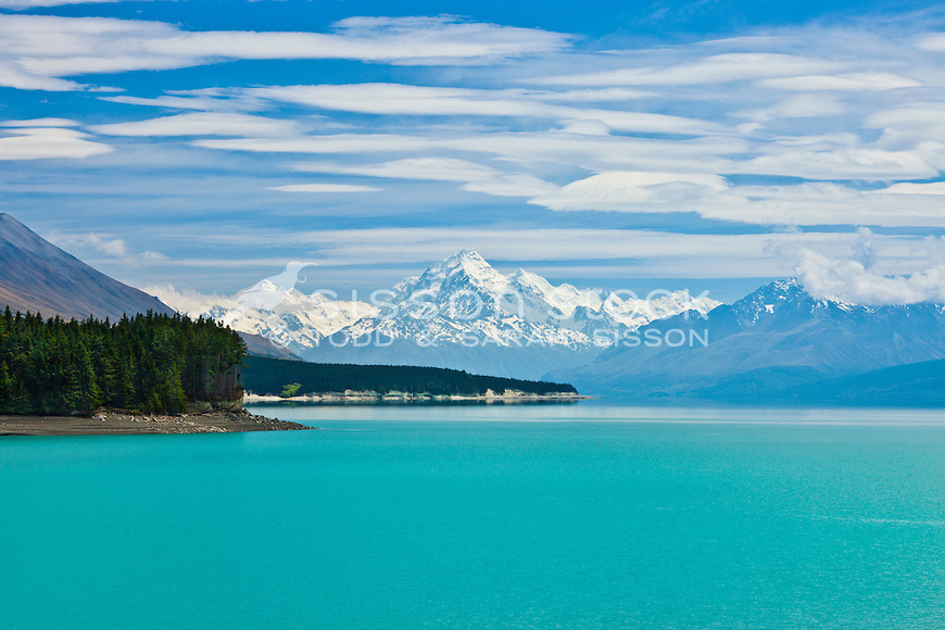 Mt Cook / Aoraki, Mt Tasman and Lake Pukaki viewed from State Highway 8, Summers Day, South Island, New Zealand