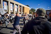 Roma 16 Ottobre 2015<br /> Un centinaio di studenti ha protestato in piazzale Aldo Moro, di fronte all&rsquo;Universit&agrave; La Sapienza, la sede del  Maker Faire 2015, la fiera dell&rsquo;innovazione europea organizzata all&rsquo;interno dell'universita. I manifestanti denunciano l&rsquo;uso privatistico di una struttura pubblica, l&rsquo;interruzione delle attivit&agrave; di ricerca e la non trasparenza sull&rsquo;uso dei ricavi. La polizia carica i manifestanti.<br /> Rome 16 October 2015<br /> A hundred students protested in Piazzale Aldo Moro, opposite the University La Sapienza, the headquarters of the Maker Faire 2015, the European innovation fair organized within the university. Protesters denounce the  private use of a public facility, the interruption of research and lack of transparency on the use of revenues. Police  charged the demonstrators.