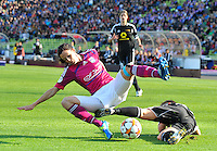 Uefa Women 's Champions League Final 2012 at Olympiastadion Munchen : Olympique Lyon -  FC Frankfurt : duel tussen Lotta Schelin en Meike Weber .foto DAVID CATRY