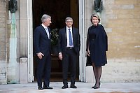 Le roi Philippe de Belgique et la reine Mathilde de Belgique rencontrent Bill Gates au Palais Royal de Bruxelles.<br /> Belgique, Bruxelles, 16 f&eacute;vrier 2017.<br /> King Philippe of Belgium, Former CEO of Microsoft and founder of the Bill &amp; Melinda Gates Foundation Bill Gates and Queen Mathilde of Belgium pictured during an audience of the Belgian King with US business magnate Bill Gates, at the Royal Palace in Brussels,<br /> Belgium, Brussels, 16 February 2017