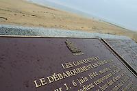 Francia Normania Le spiagge dello sbarco alleato. Juno beach dove sbarco' la terza divisione canadese, lapide commemorativa.