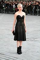 Michelle Williams - ARRIVEES AU DEFILE 'VUITTON' AU LOUVRE - FASHION WEEK DE PARIS
